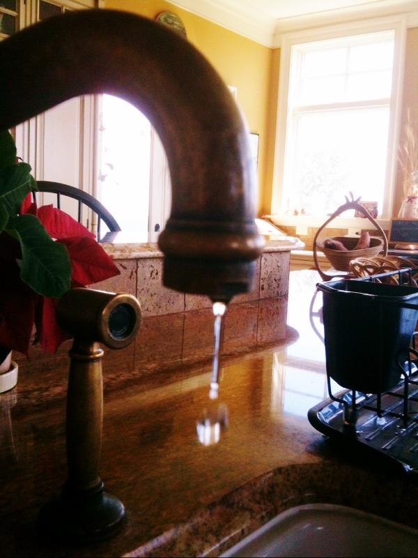 water faucet (600x800)